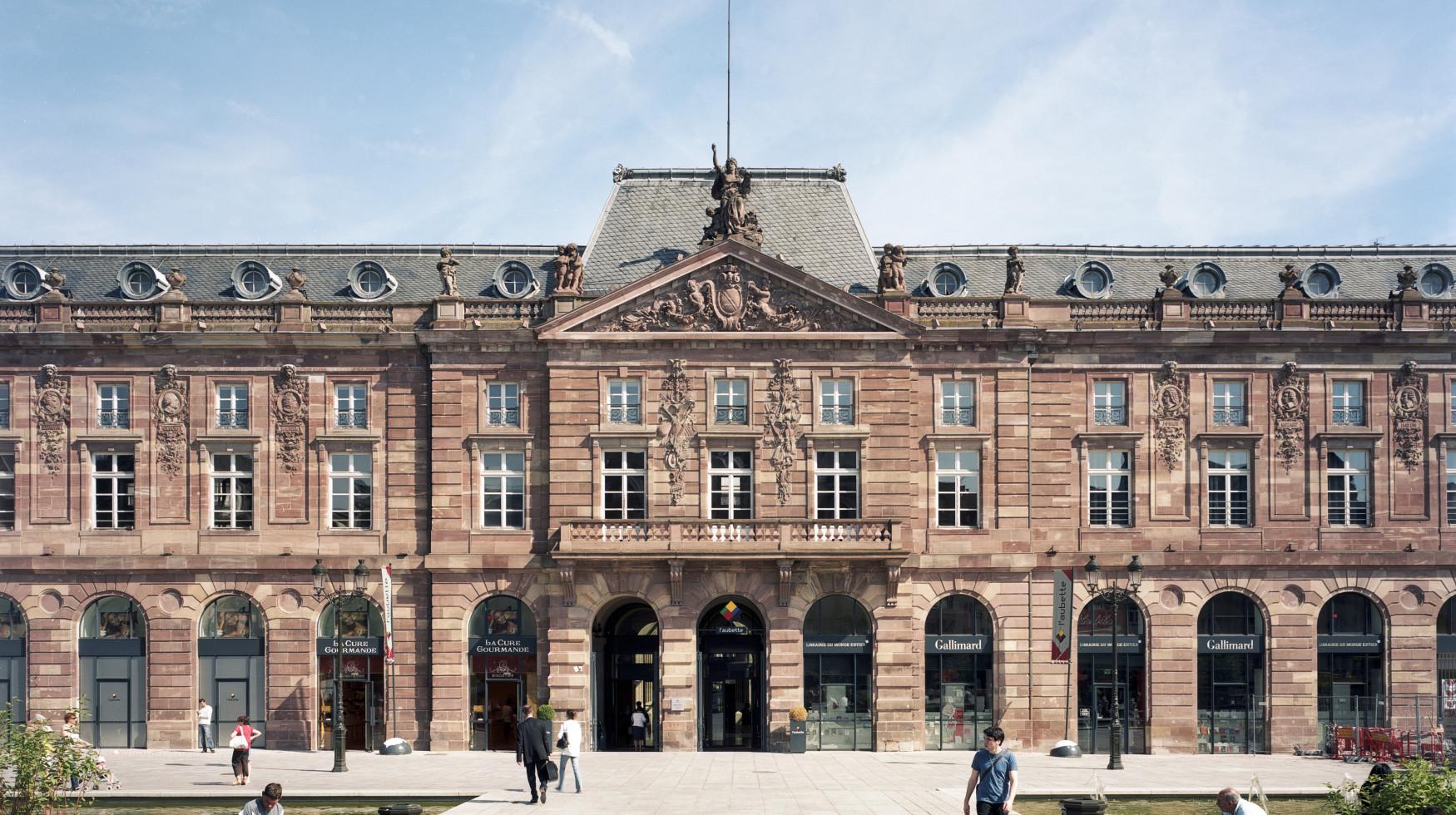 Centre commercial aubette 67 toa architectes associ s - Centre commercial rivetoile strasbourg ...