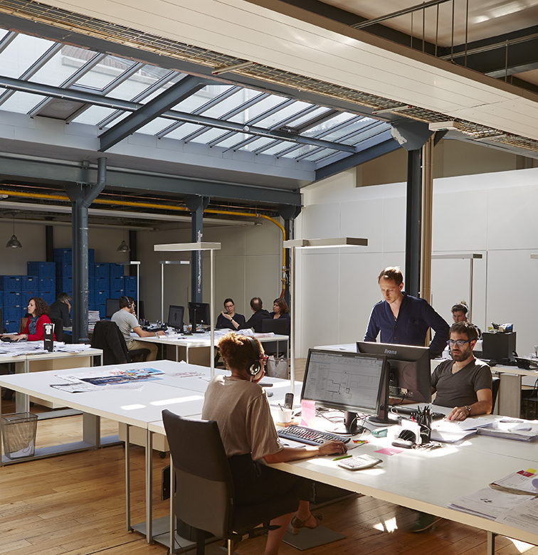ambiance travail verrière loft open space TOA architectes associés